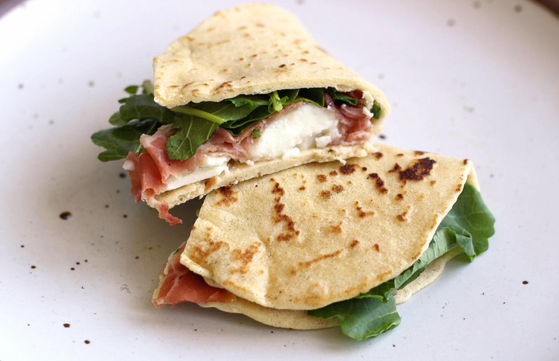 Piadina with greens prosciutto mozzarella