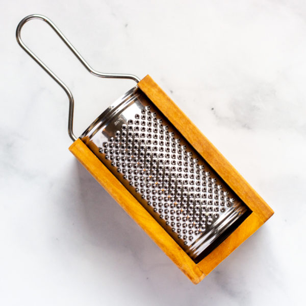 Olive wood cheese grater - q.b. cucina