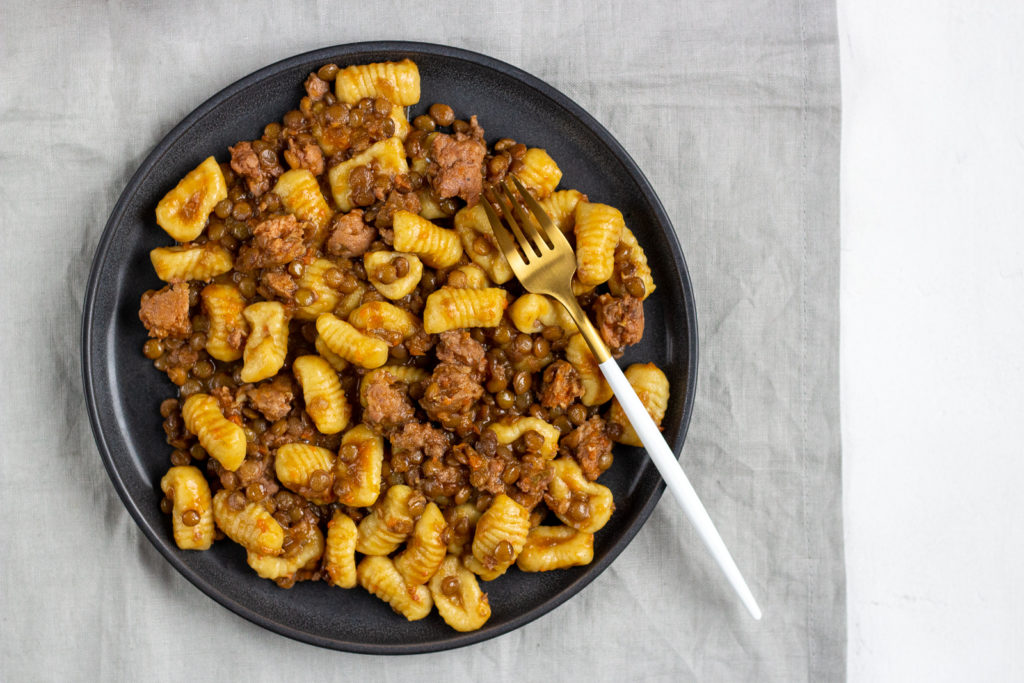 Gnocchi with lentil sausage ragu - q.b. cucina