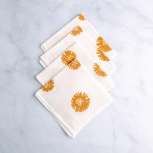 Rust-dyed Italian napkins - daisy print - qbcucina.com