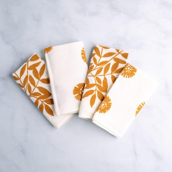 Rust-dyed Italian napkins by Peromatto - qbcucina.com