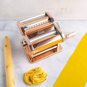 Atlas 150 Marcato Pasta Machine Copper with pasta